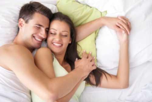 secrets-couples-heureux-au-lit